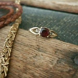 Jewelry - 10 KT Gold Garnet Diamond Ring
